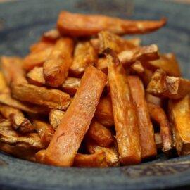 Batata doce frita feita no sous vide